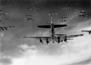 440px-b-17_group_in_formation