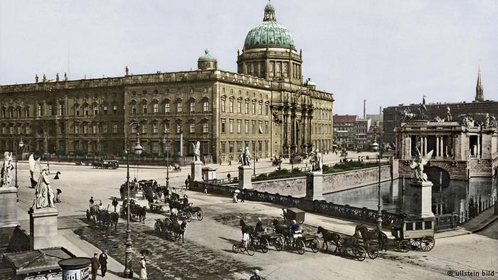 berliner-stadtschloss-um-1900