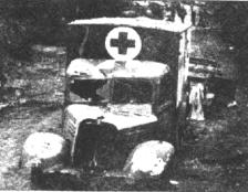 zerschossener-rot-kreuz-wagen